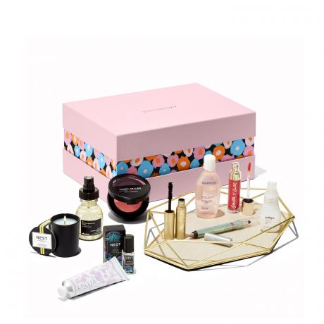 Receive your fragrance and beauty gift with purchase at epithelial.ga Browse our selection of beauty and handbag gifts. Check out our entire collection.
