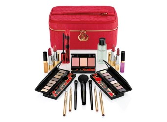 Macy's 19-Pc. Bright Lights, Big City Set, Only $49.50 with any $34.50 Elizabeth Arden purchase.jpg