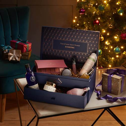 lookfantastic beauty chest icangwp blog holiday 2019 all