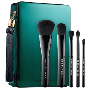 marc jacobs brush icangwp.png