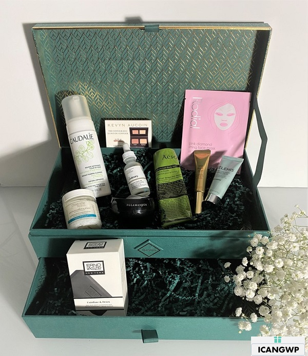 Skinstore Evergreen beauty box unboxed by icangwp blog