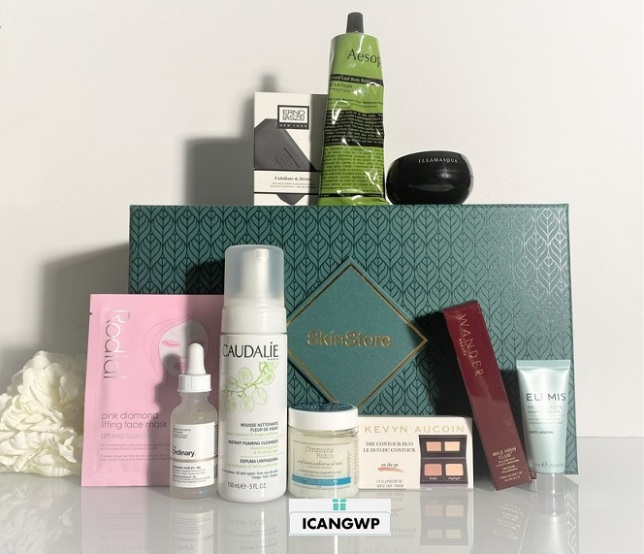 Skinstore holiday Evergreen beauty box by icangwp blog
