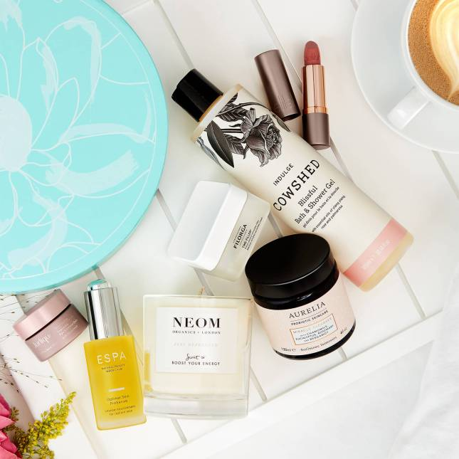 lookfantastic mothers day beauty box 2020 icangwp blog