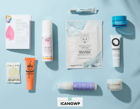 lookfantastic FREE 10-Piece Beauty Bag (Worth $90) When You Spend $90 icangwp